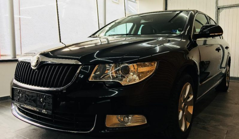 Škoda SUPERB berlina, ELEGANCE 2,0 TDI automat full